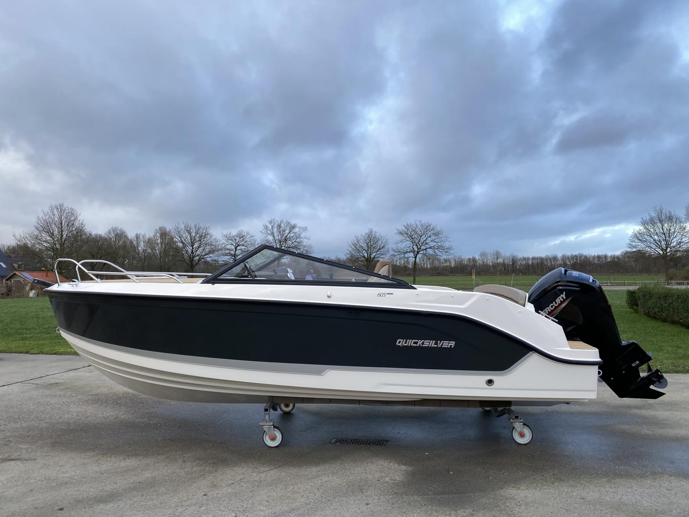 Te koop Quicksilver 605 Cruiser Sportcruisers | Bomert Watersport