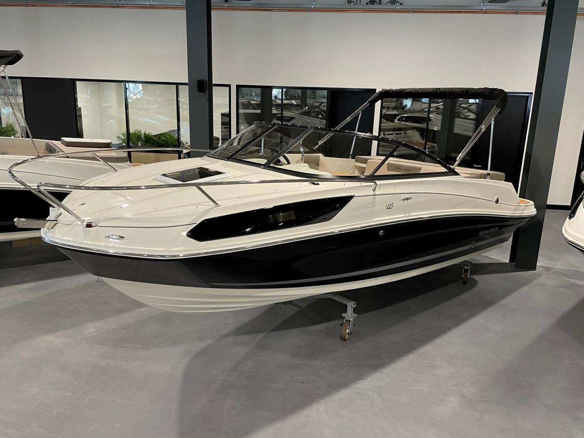 Te koop Bayliner  VR5 Cuddy Inboard Sportcruisers | Bomert Watersport