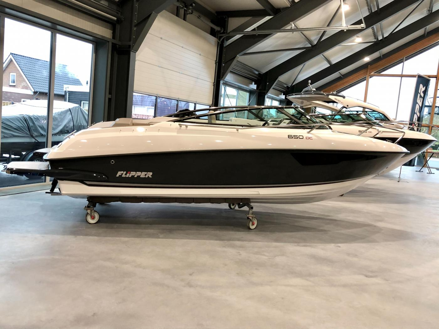Te koop Flipper 650 DC Sportcruisers | Bomert Watersport